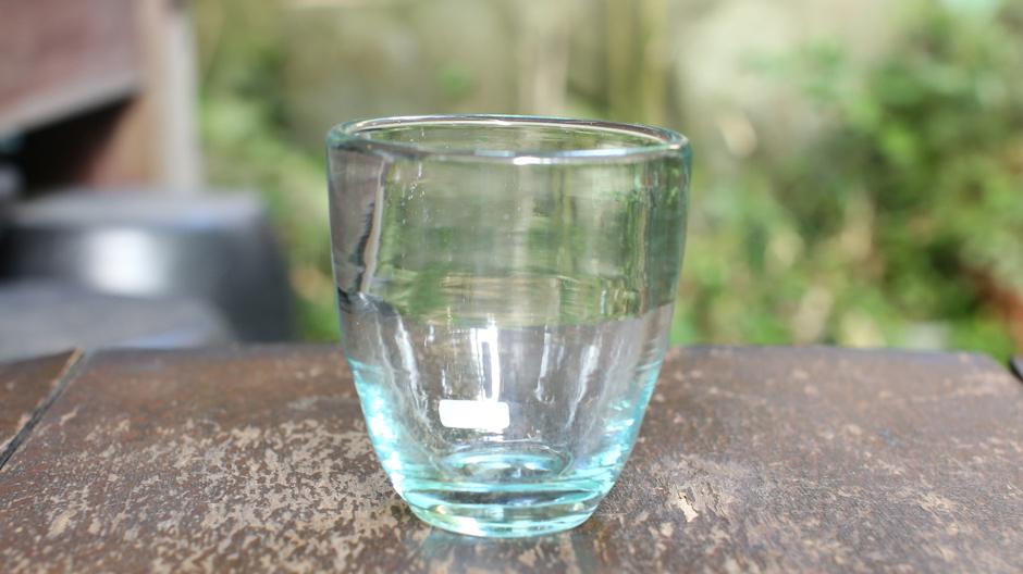 奥原硝子・もやい型たるコップ